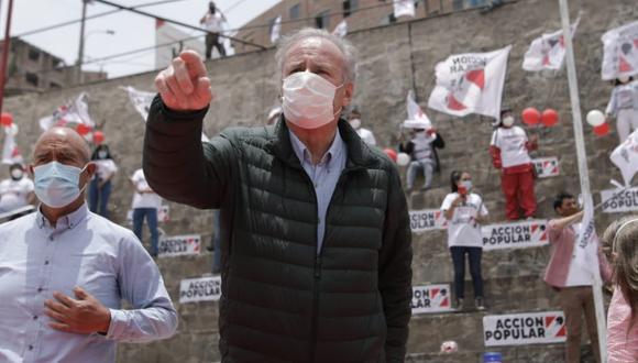 Alfredo Barnechea declinó su precandidatura presidencial por Acción Popular. En dicho partido dos listas siguen en carrera (Foto: Antonhy Niño de Guzmán)