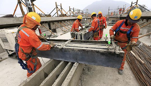 La recuperación de sectores como construcción empujarían el avance de la economía en junio. (Foto: El Comercio)