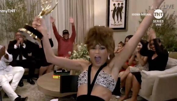 Zendaya y su familia, emocionados por la victoria en el Emmy 2020. Foto: TNT.