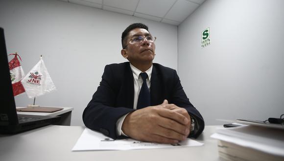 """""""Si [una agrupación] no presentó lista al Congreso, definitivamente está fuera de tiempo"""", señaló Carrasco. (Foto: GEC)"""