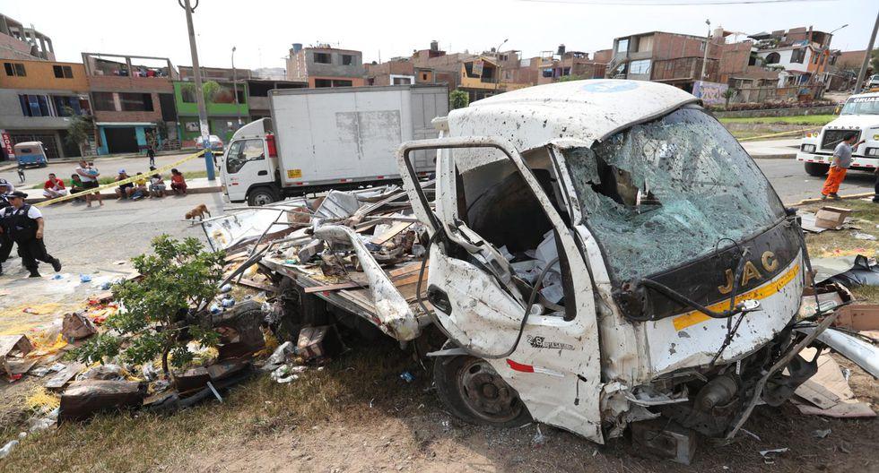 Así quedó el vehículo tras el accidente múltiple. (Foto: Roly Reyna)