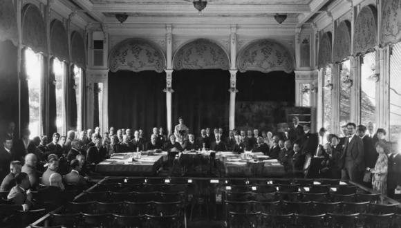 La primera reunión informal de la Sociedad de Naciones en Ginebra. (Foto: Bettmann Archive/Getty Images)