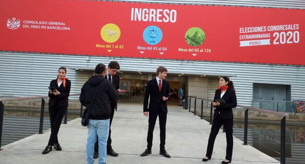 Sede de votación de las Elecciones Congresales 2020 en Barcelona. (Foto: Orlando Sullón)