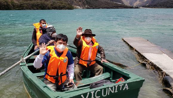 Tras la reapertura, las personas visitaron el parque para disfrutar de sus atractivos diversos, entre ellos pasear en botes en las lagunas. (Foto: Parque Nacional Huscarán)