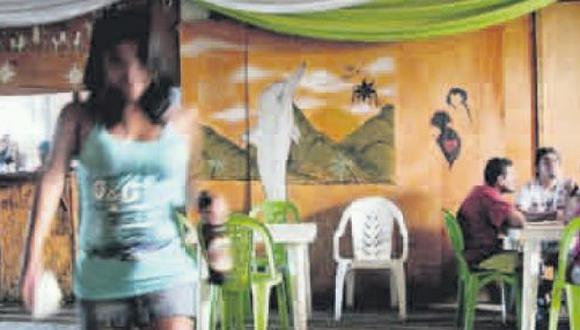 Justifican liberación de agentes acusados de prostituir menores
