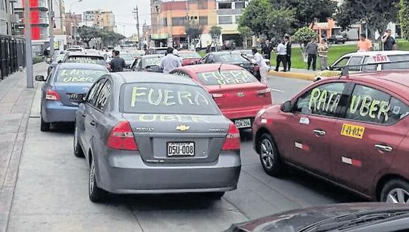 Callao multa a más de 200 choferes de Uber en solo una semana