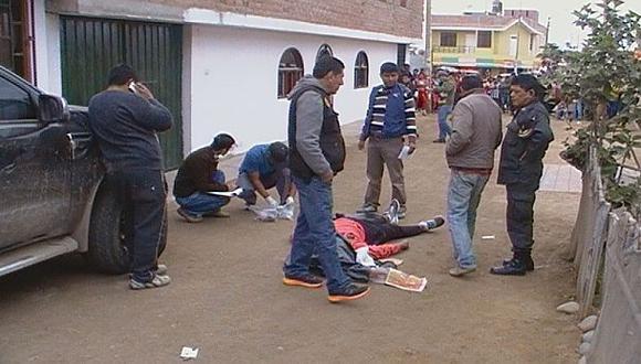 Hermano de regidor muere a balazos en celebración electoral