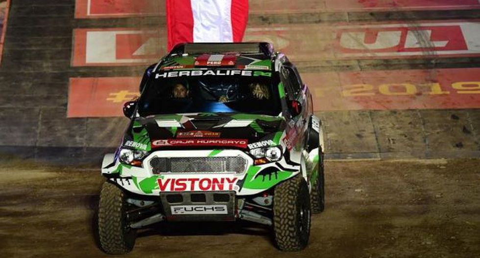 Fuchs acabó en el puesto 12 en el Dakar 2017. (Fotos: Facebook)