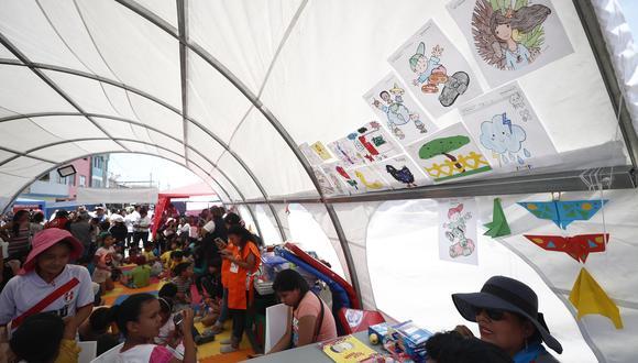 Ante la tragedia en Villa El Salvador, miles de ciudadanos se han movilizado para hacer llegar su ayuda (Foto: César Campos/GEC).