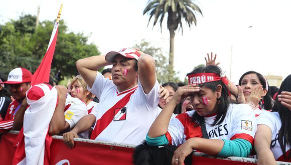 La pandemia del coronavirus ha cerrado los estadios de fútbol y la selección peruana no podrá contar con el aliento de sus hinchas, que habían comprado el Abono Blanquirrojo. (Foto: GEC)