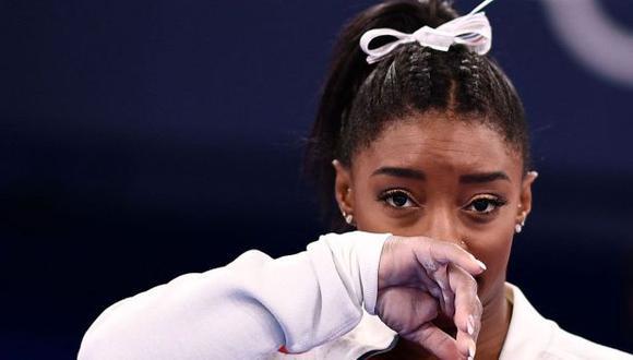 Simone Biles recibió el respaldo de Michael Phelps. (Foto: AFP)