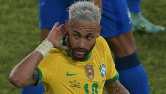 El reclamo de Neymar contra los hinchas brasileños que apoyan a Argentina. (Foto: AFP)