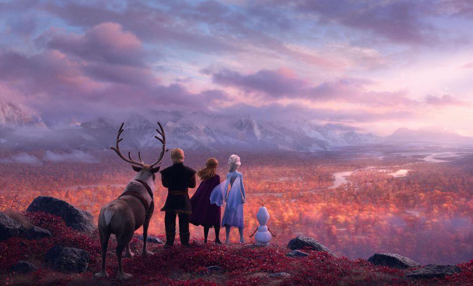 Elsa y Anna viajarán a lugares desconocidos en el nuevo filme de Disney. Fuente: Disney.