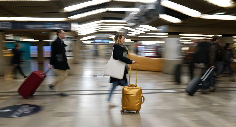 La huelga de transporte en Francia afecta a miles de usuarios en plenas vacaciones por Navidad. (Foto: AFP)