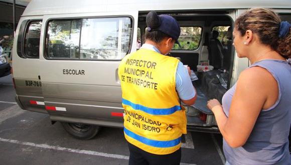 Municipalidad de San Isidro multa a 37 movilidades escolares