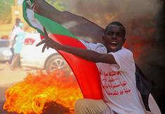 Golpe de Estado en Sudán: militares disuelven el Gobierno de Abdalla Hamdok, que llama a protestar