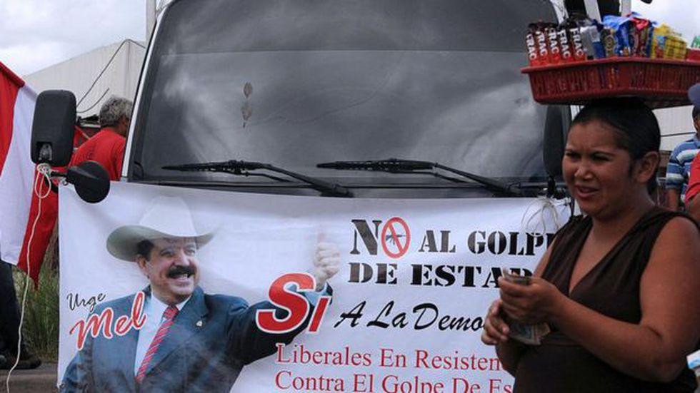 Atala es uno de varios empresarios hondureños señalados de haber apoyado el golpe de estado contra Manuel Zelaya. (Foto: AFP)
