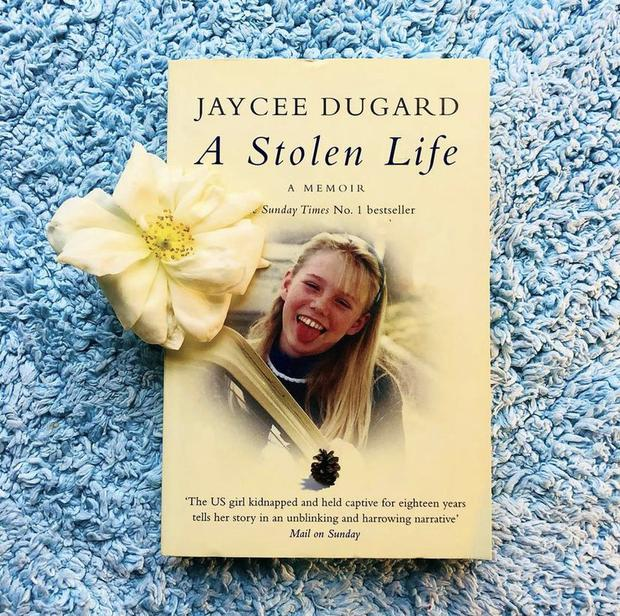 """""""A Stolen Life"""", one of the two books that the kidnapped victim wrote. (Instagram @jayceeleedugard)"""