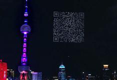 Promocionan un videojuego con un gigantesco código QR creado con drones en el cielo