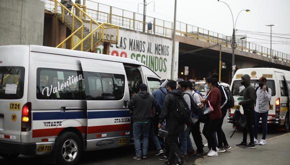 Congreso pretende renovar de manera automática las licencias de las empresas de transporte hasta por cinco años. (Foto: Joel Alonzo/ @ photo.gec)