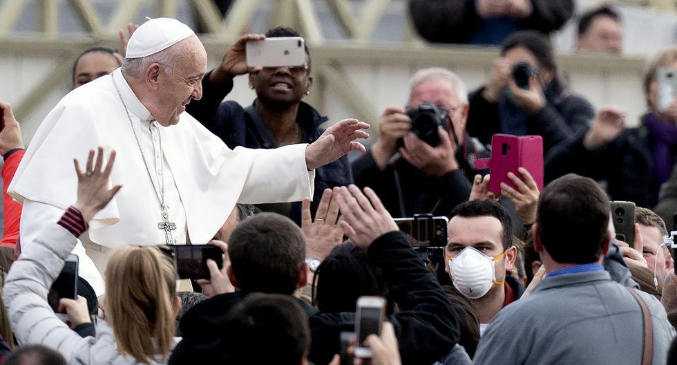 El mismo Papa Francisco ha sido víctima de insultos en sus redes sociales, donde comparte mensajes de reflexión con los católicos. (Foto: AFP)