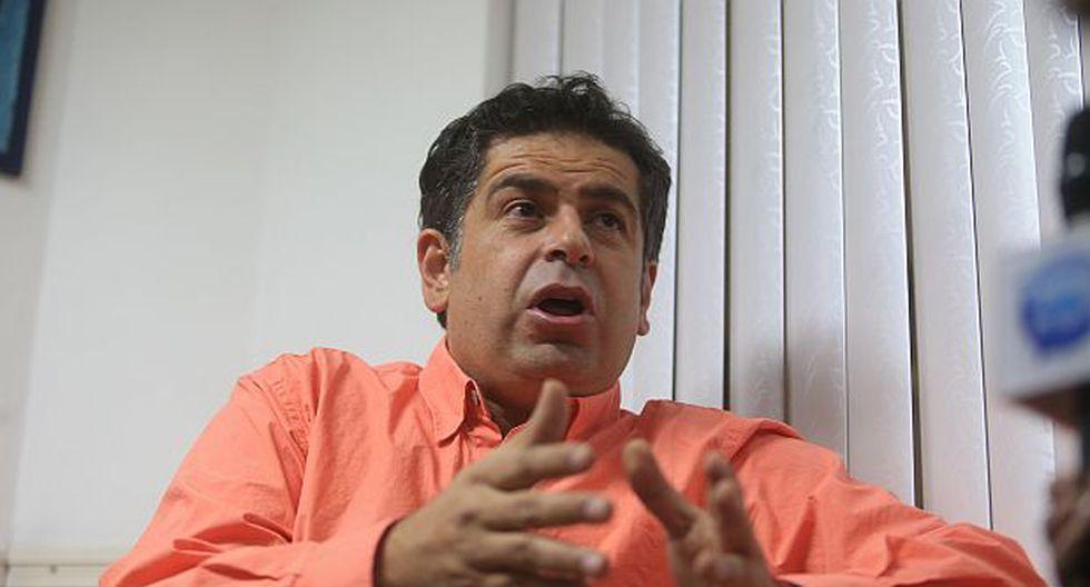 Fiscales bolivianos interrogarán a Belaunde el 19 de agosto
