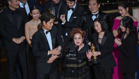 """""""Parasite"""" ganó a mejor película en los premios Oscar 2020. (Foto: AFP)"""