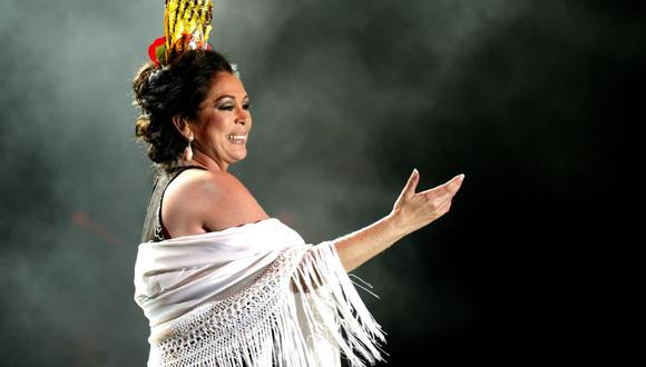 Isabel Pantoja anuncia minigira de dos conciertos en Chile para 2021. (Foto: CRISTINA QUICLER / AFP)