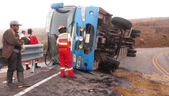 Ayacucho: bus de universidad se despista y deja varios heridos