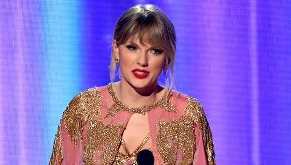 Taylor Swift en los American Music Awards. (Foto: AFP)