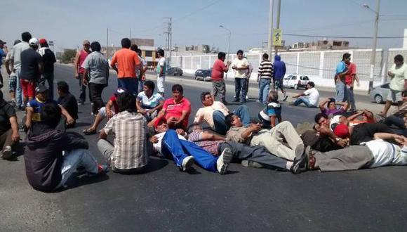 Chimbote: bloquean vía por incremento del precio del GLP