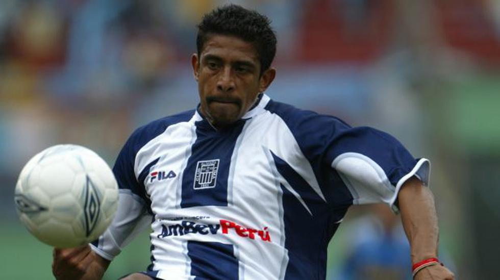 Ex futbolista José Soto, acusado de abandonar a su hijo menor - 1