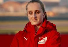 Maya Weug: la joven de 16 años se convirtió en la primera mujer en ser parte de la Academia de Ferrari