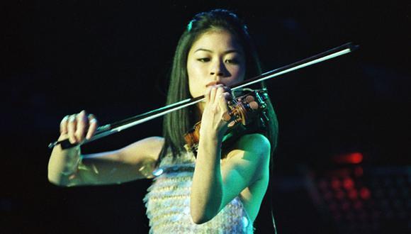 Vanessa Mae cambia el violín por el esquí