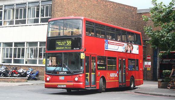 Londres: Míticos buses de dos pisos serán eléctricos