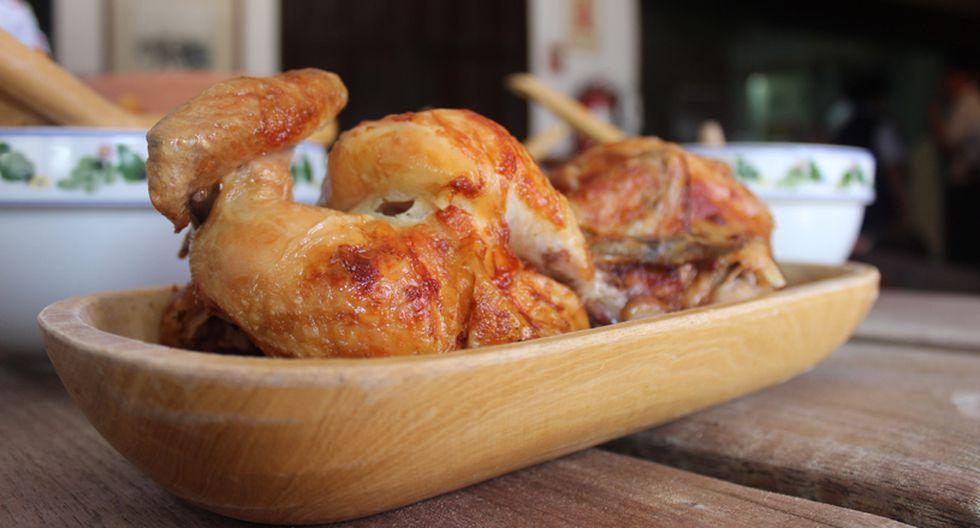 En el restaurante 'Granja Azul' se caracterizan por usar pollos que no pesen más de 850 gramos. (Foto: GEC)