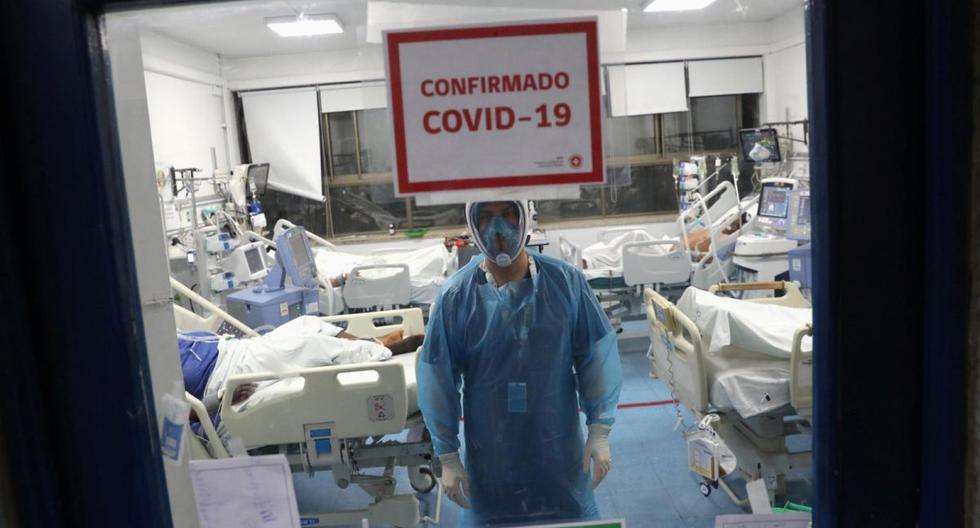 El Ministerio de Salud de Chile informó que el 98% de las camas UCI en la capital, Santiago, se encuentran ocupadas. Este sería el principal factor por el que el Gobierno habría decretado la nueva cuarentena que regirá desde el sábado. (Foto: Archivo Reuters)