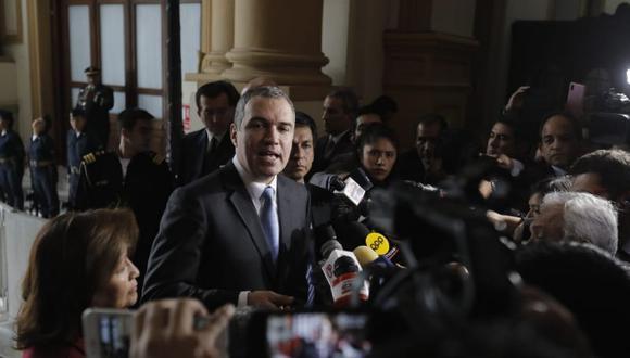 Primer ministro Salvador del Solar llegó al Congreso para entregar oficio sobre cuestión de confianza. Defendió medida anunciada por el mandatario (Foto: Antonhy Niño de Guzman)