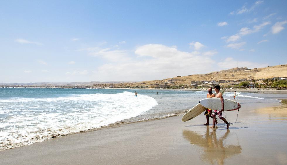 Las olas en Máncora no superan los tres metros de altura.  (Foto: Guillermo Gutiérrez)
