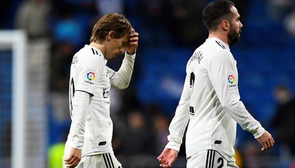 El Real Madrid sufrió su primera derrota en el año frente a la Real Sociedad. Empezó perdiendo al minuto y en el cierre recibió el gol final. ¿Quién ayuda a los muchachos de Santiago Solari? (Foto: AFP)