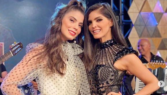 """Ana Bárbara junto a su hermana Esmeralda Ugalde en el programa """"Corazón grupero"""", que conduce esta última (Foto: Ana Bárbara / Instagram)"""