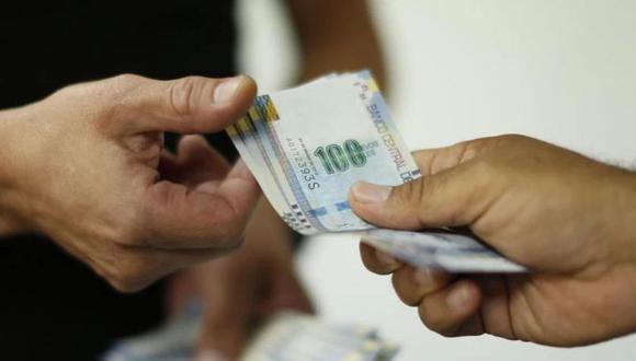 Los trabajadores que no tengan liquidez podrán pedir un adelanto de su CTS y gratificación (Foto: Andina)