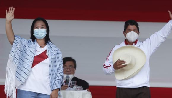 Durante el debate realizado en Chota, Keiko Fujimori y Pedro Castillo ofrecieron destinar más recursos a diferentes sectores e iniciativas, pero no detallaron con qué ingresos iban a financiar sus propuestas. (FOTO: GEC)