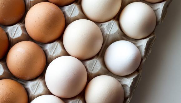 El huevo es un alimento que ofrece 13 vitaminas y minerales, al mismo tiempo que es rico en proteínas y antioxidantes. (Crédito: Pixabay)