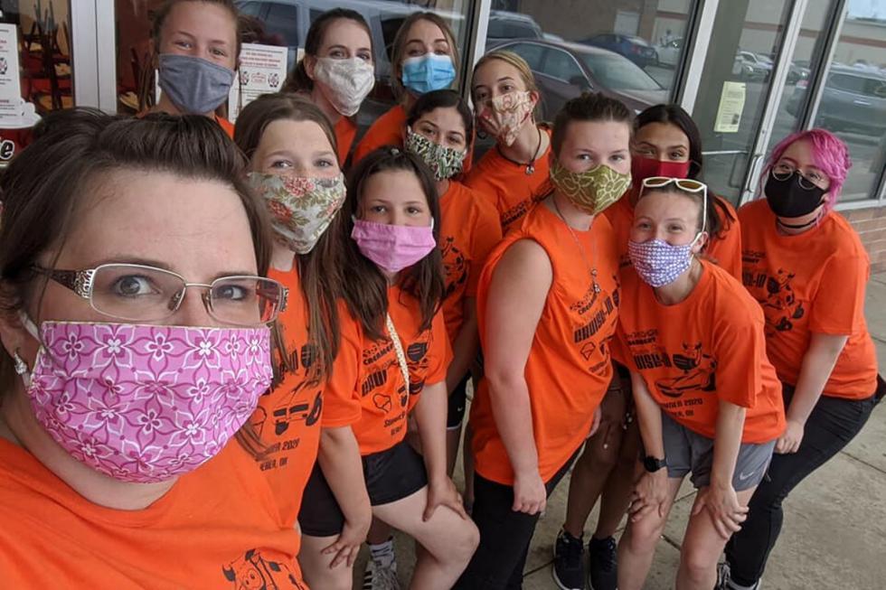 Foto 1 de 5: El pedido de una heladería de Ohio a su clientela para que deje de maltratar a su personal por el uso de mascarillas se volvió viral. Desliza a la siguiente imagen para saber más de la historia. (Crédito: Mootown Creamery en Facebook)