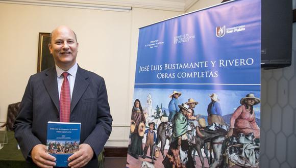 José Luis Bustamante Gubbins presenta la obra de su abuelo, el expresidente José Luis Bustamante y Rivero. (Foto: Difusión)