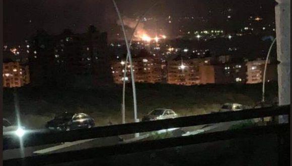 De acuerdo con el Observatorio Sirio de Derechos Humanos, los ataques afectaron posiciones de Irán cerca de Damasco. (Twitter @Palesonline)