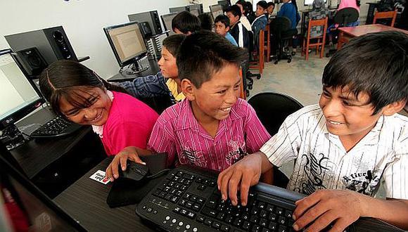 El lunes empezarán las clases virtuales pero muchos niños no tienen Internet.