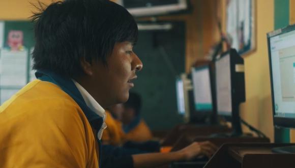 Más de 40.000 estudiantes de colegios públicos, inclusive del interior del país, han empezado a  recibir clases de matemáticas a través de la plataforma Check, que fue creada por Gonzalo Aguilar y Benjamín Garmendia en el 2019.