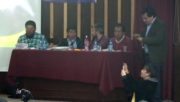 Actividad en Bolivia en la que participaron César Tito, Pedro Castillo y Edgar Tello, en 2018. (Foto: Captura de video)